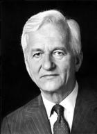 Richard von Weizsäcker photo