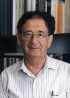 Yehuda Bauer photo